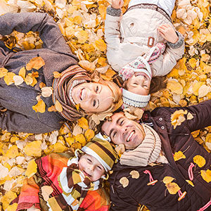 Tips For Taking Your Own Family Fall Photos While on Vacation